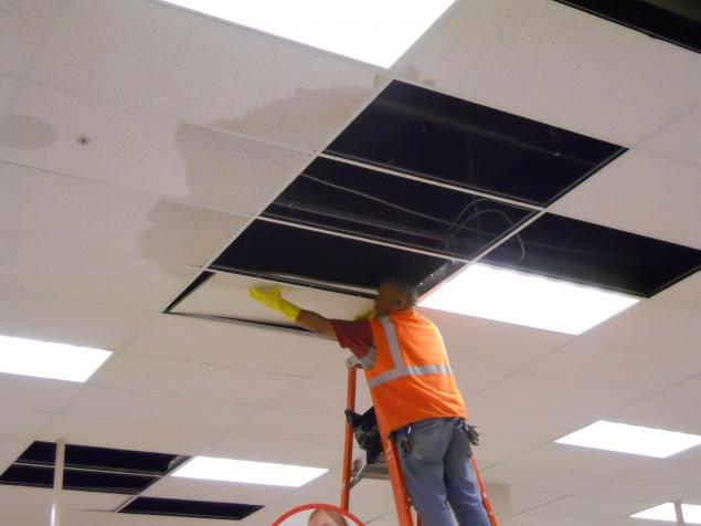 Removing damaged tile